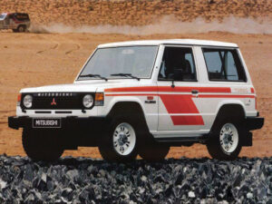 Mitsubishi Pajero 1981 1991 kit adesivi livrea replica