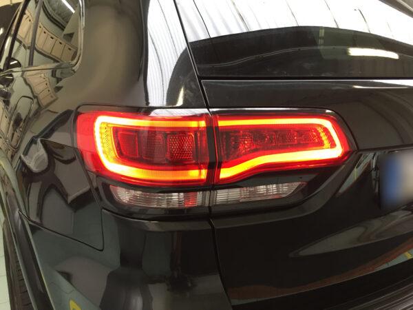 Jeep Grand Cherokee kit adesivi PPF paint protection film protezione e oscuramento fanali posteriori