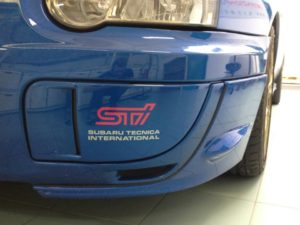 Subaru Impreza kit adesivi replica STI Subaru Tecnica International fendinebbia